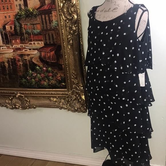 SLNY Dresses & Skirts - NWT STUNNING POLKA DOT DRESS Size 18w